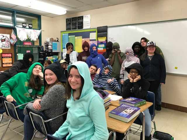 Hats and Hoodies Set Trendy Thursday